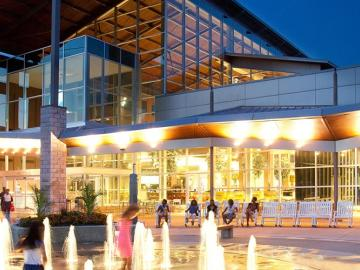 Photo of: Northlake Mall